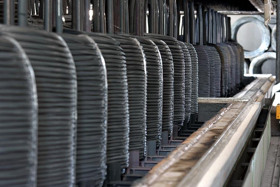 La fase di cottura, per migliorare le caratteristiche meccaniche del filo
